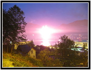 Juneau gets nuked on the 4th of July (25k image)
