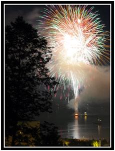 Juneau Fireworks Display (25k image)