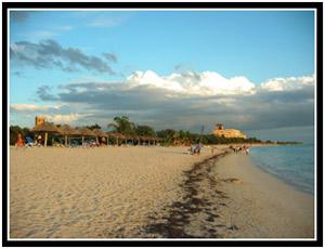 Playa Ancón (25k image)