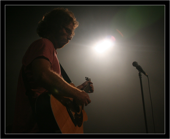 Jonathan Coulton and a mic