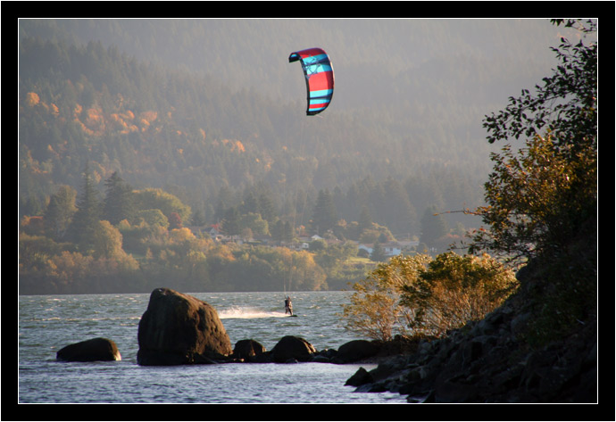 Kiteboarder coming in to shore